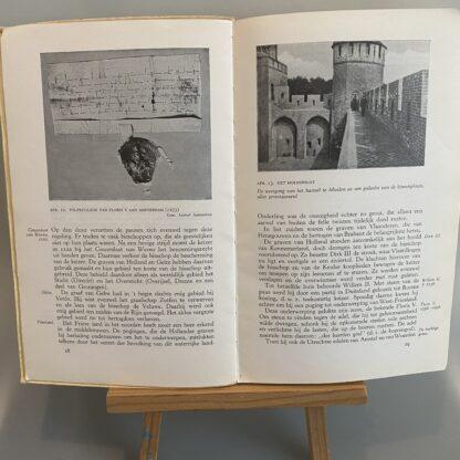 Geschiedenisboek De Spiegel Der Eeuwen